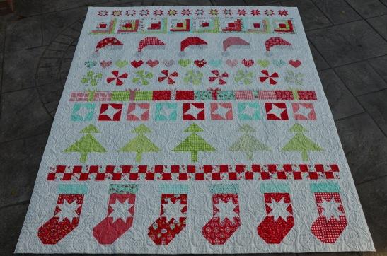Margie's Moda Christmas Quilt (2)